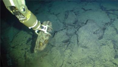 创新跨越2018 自主水下机器人 迈向海洋更深处