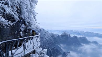 湖南张家界 瑞雪 雾凇 云海三景齐现