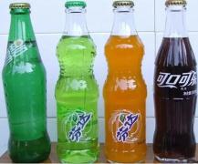 小孩常喝饮料易患白血病?