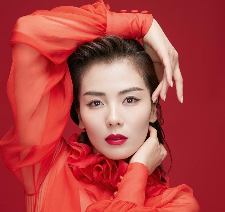 """刘涛演绎""""安迪红""""超亮眼:御姐萝莉自由切换"""