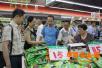 """泸州市食药监局开展第一期食品安全""""你点我检""""活动"""