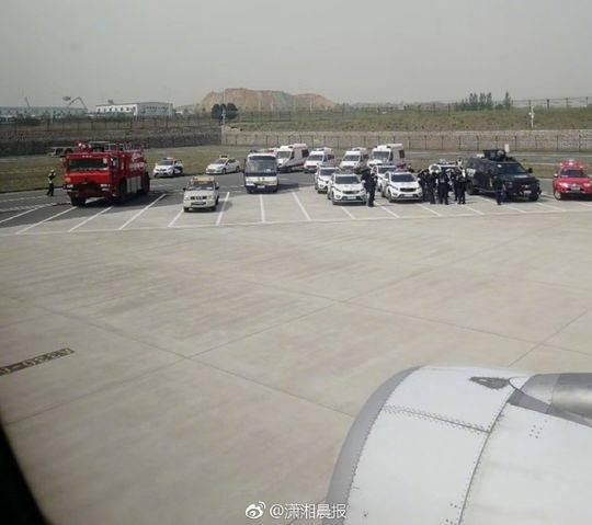 新加坡金沙赌场网址:国航备降航班乘客:头等舱位置突发事件 下机仓促
