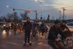 图片记录奋斗在北京西二旗的年轻人
