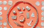 业余考古学家和一名13岁男孩发现千年宝藏