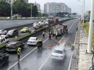 """南京街头3天内连续3辆汽车自燃,交警提醒这样的车赶紧去""""体检"""""""